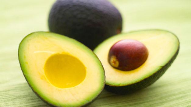 La grasa vegetal del aguacate es un excelente aliado en tu dieta de definición.