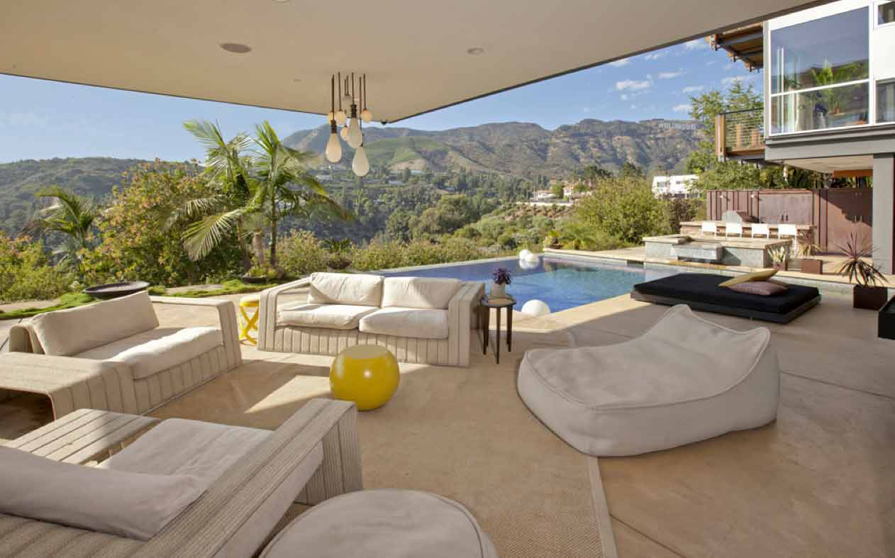 Una vista de la terraza de la casa en Hollywood Hills