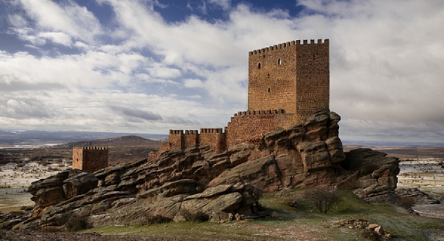 castillo de zafra madmenmag juego de tronos