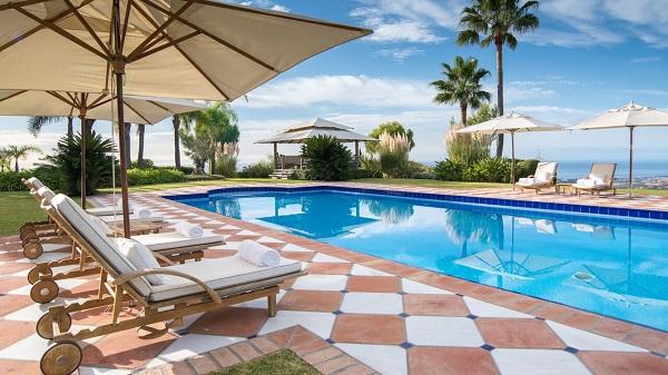 villa zagaleta madmenmag villas de lujo marbella 22