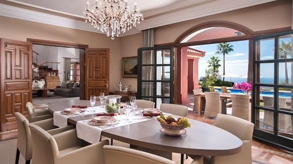 villa zagaleta madmenmag villas de lujo marbella 9