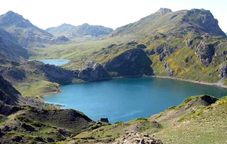 ruta de los lagos saliencia asturias madmenmag senderismo