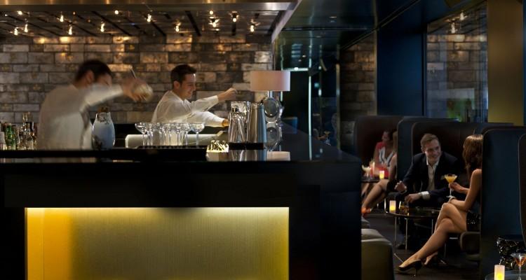 restaurante cocteleria barcelona bankers bank madmenmag