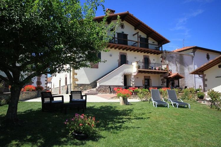 Las mejores casas rurales de espa a madmenmag - Casas rurales en la provenza ...