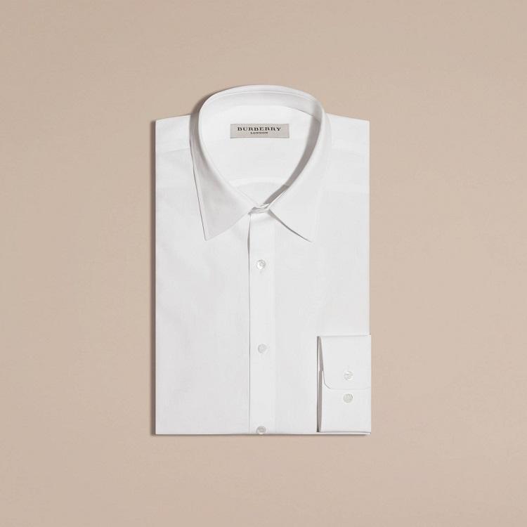 burberry-camisa-blanca-hombre-madmenmag-look-fiesta-hombre