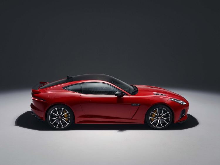 jaguar gopro rerun madmenmag app coches revista masculina 4