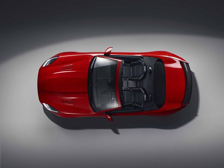jaguar gopro rerun madmenmag app coches revista masculina 6