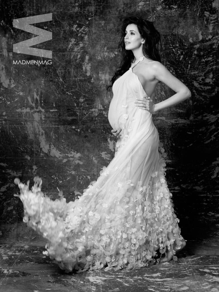 Noelia Lopez desnuda embarazada MADMENMAG