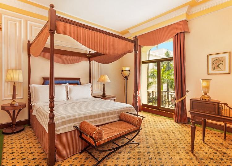 The Oberoi Grand Kolkata hotel madmenmag destinos de premios oscars peliculas nominadas oscars 2017 2