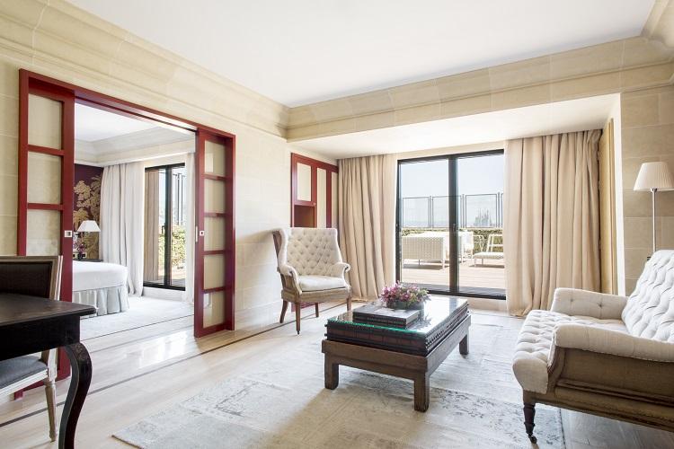 Majestic Royal Penthouse Living Room Sagrada Familia 2