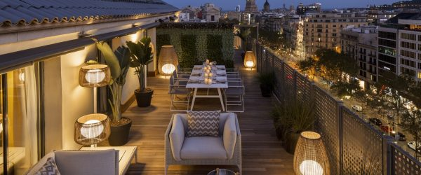 Majestic Royal Penthouse terrace Paseo de Gracia By Night