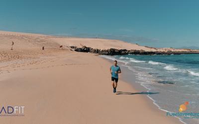 madfit entrenamiento running en la playa carles francino cabecera post