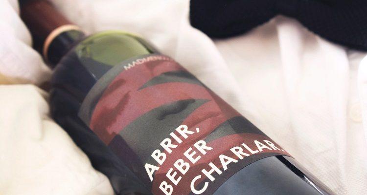 madmenmag-botella-etiqueta-tu-vino-regalo-personalizado