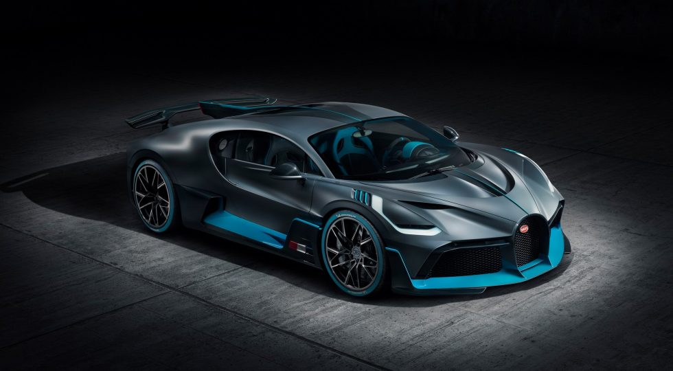 Bugatti Divo pebble beach madmenmag