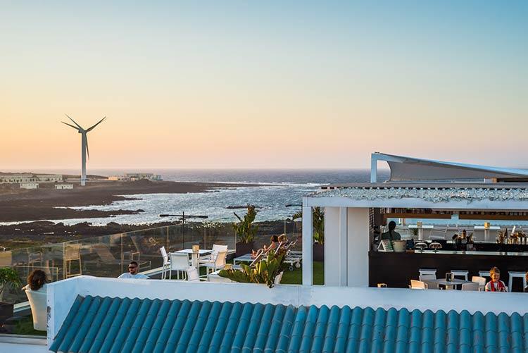 turismo-deportivo-bristol-sunset-beach-madmenmag