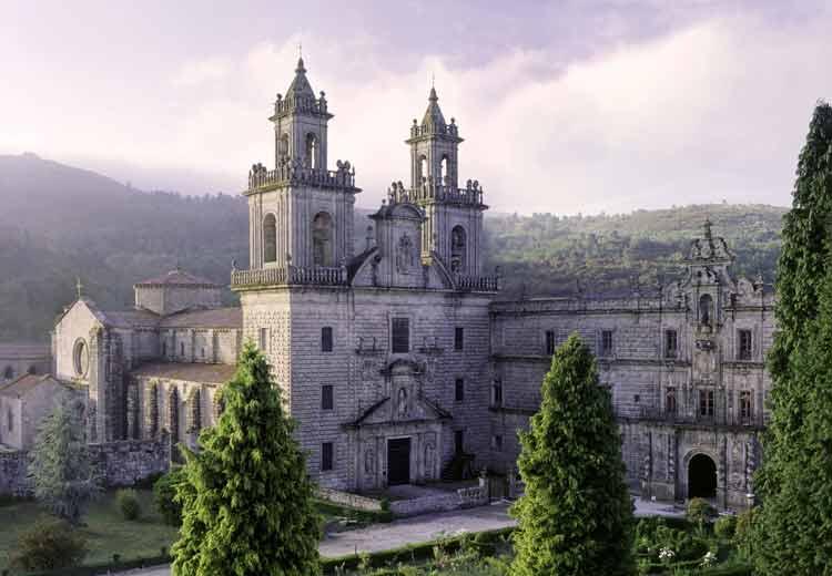 monasterio-gallego-trenes-turisticos-de-galicia-ruta
