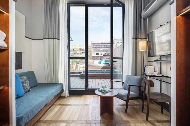 suite hotel praktik essence barcelona