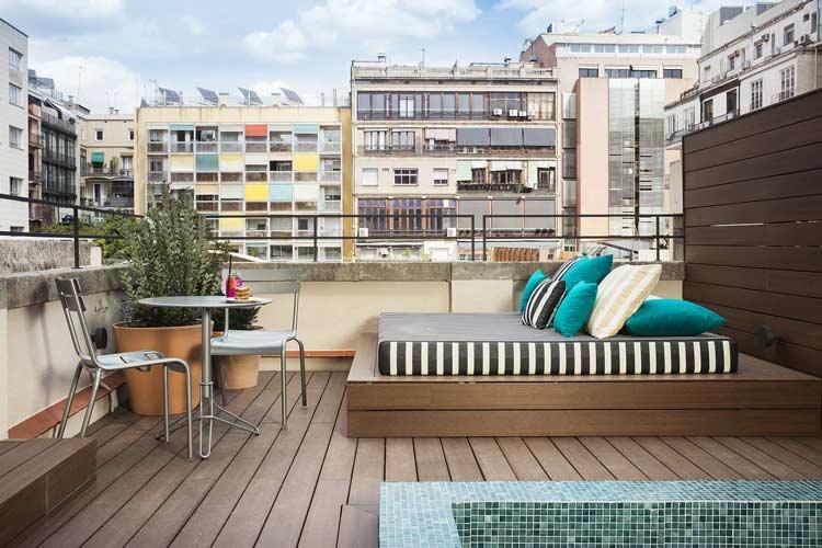terraza suite hotel praktik essence barcelona