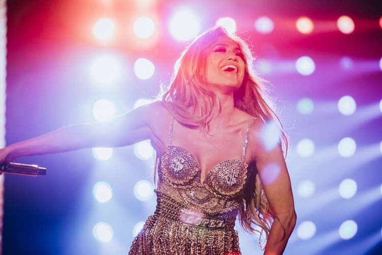 jlo-gira-its-my-party