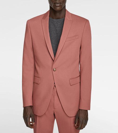 blazer-coral-como-combinar-un-pantalon-gris