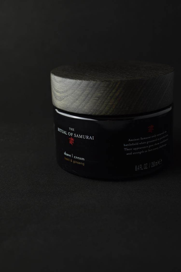 crema de afeitado ritual, un aliado de l cuidado facial masculino