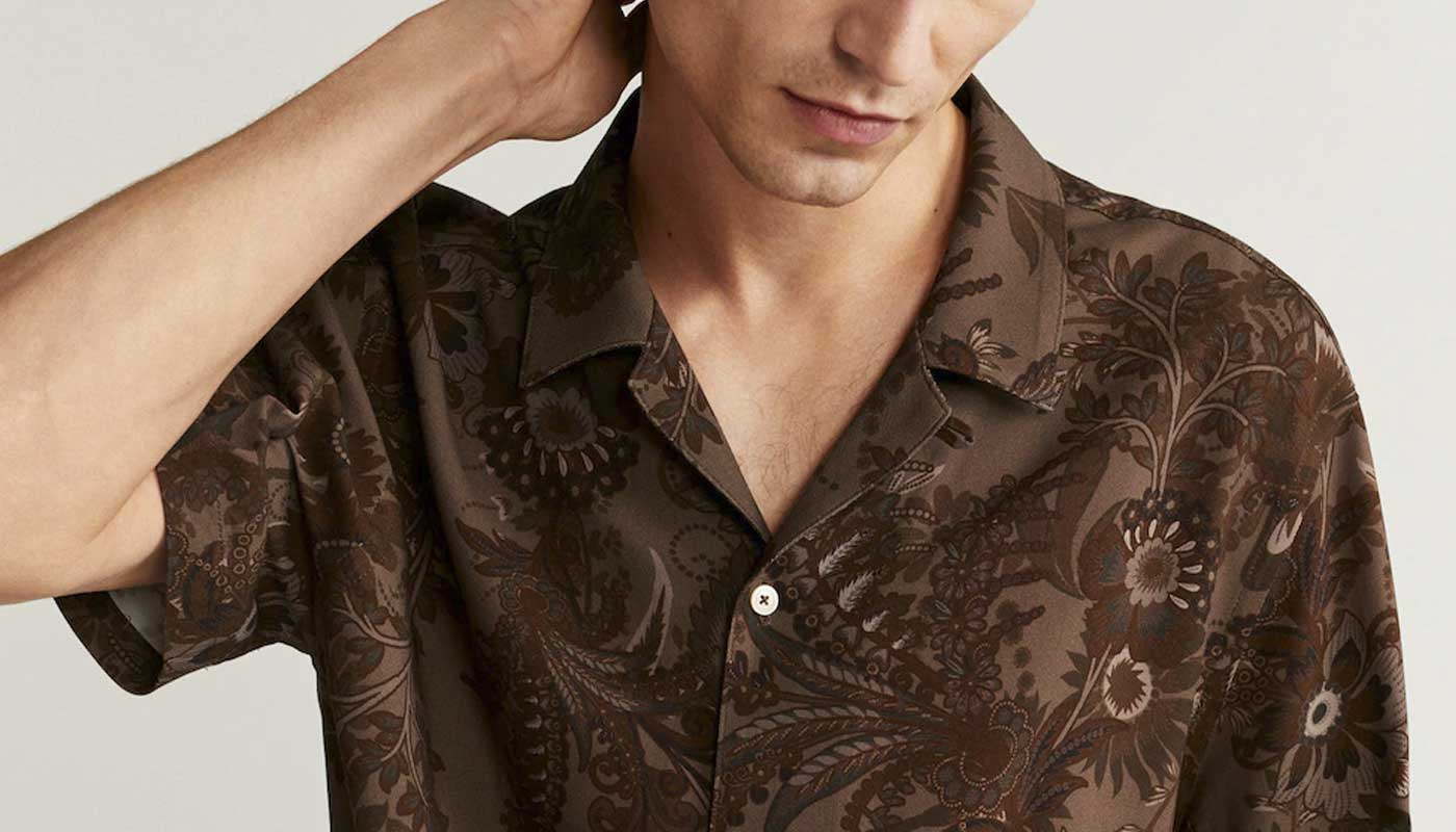 camp-collar-que-es-y-como-vestirlo-tendencia-de-moda-masculina