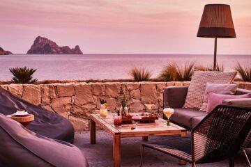 hotel con vistas a es vedra puesta de sol