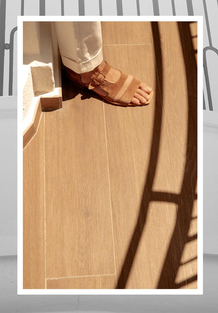 calzado-para-hombre-sandalias-de-piel-marron