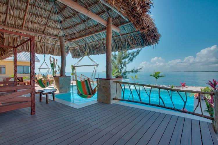 terraza chillout con vistas al mar