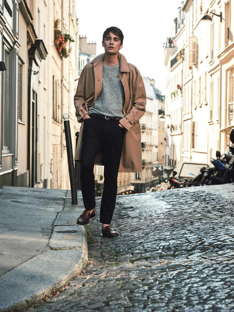 editorial moda hombre en las calles de paris